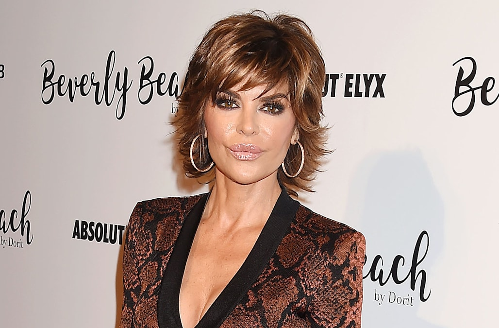 lisa rinna debuts drastic new appearance see her dramatic long