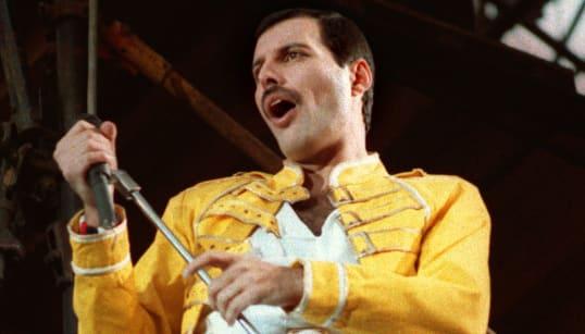 'Bohemian Rhapsody' é a música do século 20 mais ouvida no