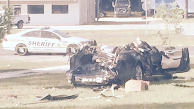 Family Of Tesla Driver Killed In Autopilot Crash Does Not Blame Car Autoblog