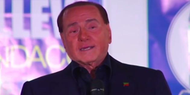 Brigitte Macron. Silvio Berlusconi la qualifie de