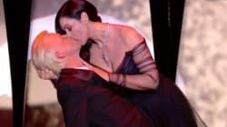 Le baiser passionné de Monica Bellucci à Alex