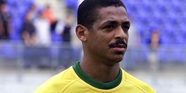 Vampeta, ex-jogador de Corinthians, Flamengo e Seleção Brasileira, é Marcos André.