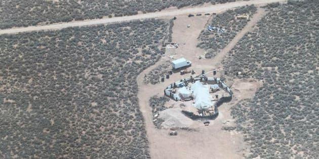 """Le """"complexe de fortune"""" dans lequel ont été retrouvés les enfants à Amalia, au Nouveau Mexique."""