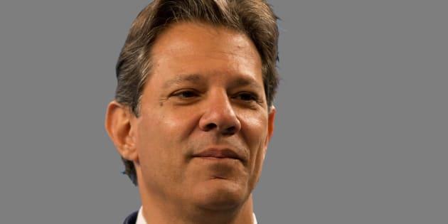 Fernando Haddad (PT) critica o adversário Jair Bolsonar (PSL) em entrevista à CBN.