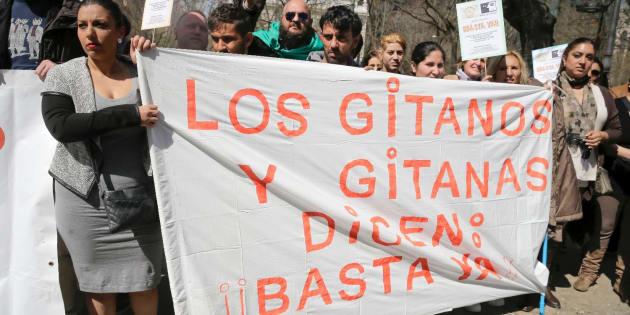 Concentración en Madrid contra la discriminación de los gitanos convocada por Unión Romaní y el Movimiento contra la Intolerancia, en abril del pasado año.