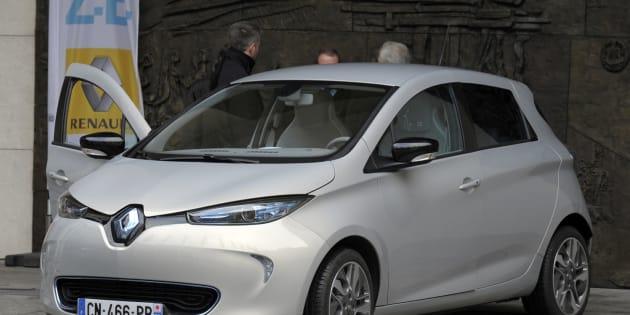 La Zoe électrique du groupe Renault remplacera les Bluecar du groupe Bolloré à compter de septembre 2018.