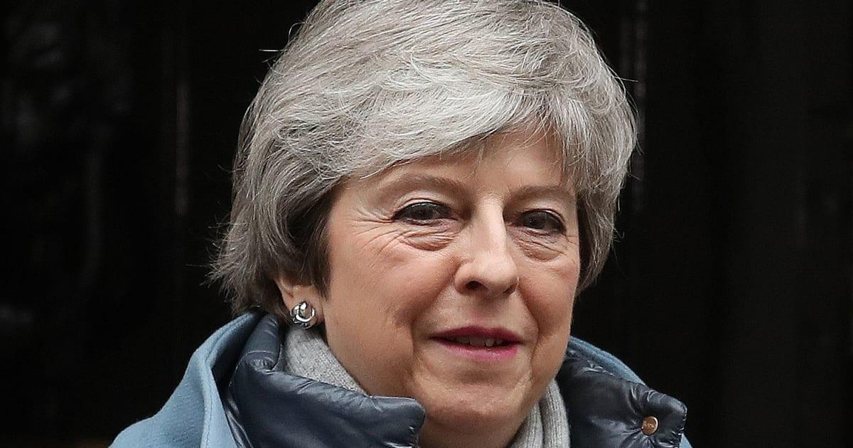 Brexit, brutto colpo per Theresa May: il procuratore Cox stronca l'accordo