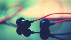 Best Earphones To Buy Under