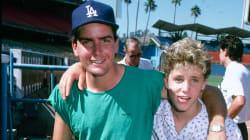 Charlie Sheen accusé d'abus sexuels sur un acteur de 13 ans, aujourd'hui