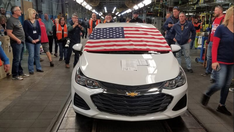 Last car rolls off the line at Lordstown, but GM hints at