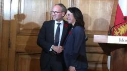 Le ministre Coiteux refuse de s'avancer sur la «ligne rose» de Valérie