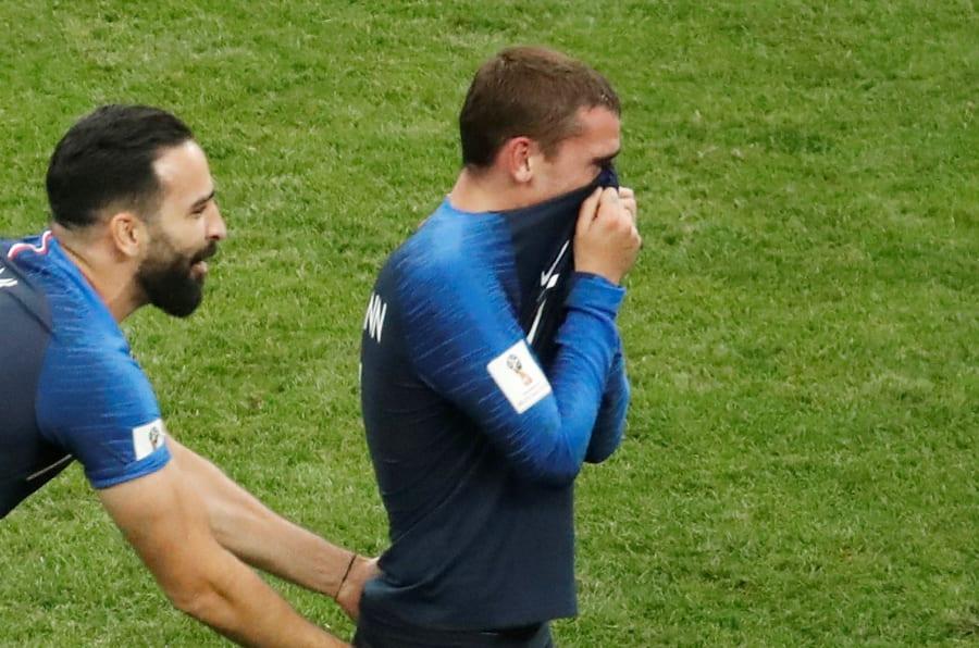Après la victoire en finale de la Coupe du monde France Croatie, de si douces larmes