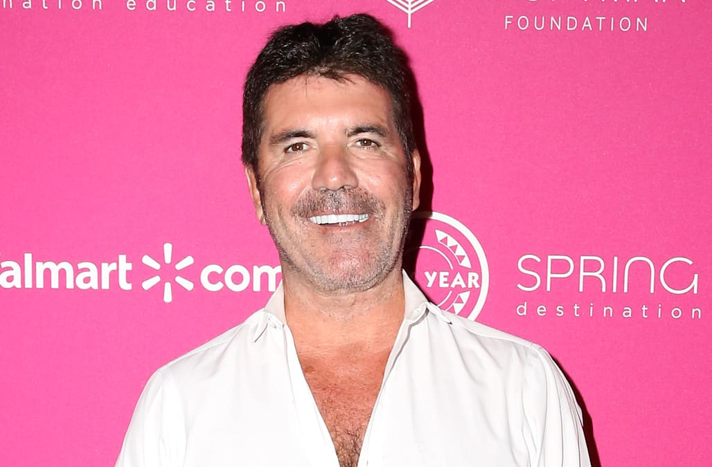 Simon Cowell Sheds 20 Pounds See His Trimmed Down Physique Aol Entertainment