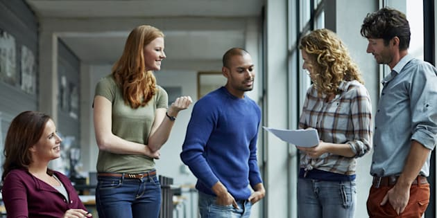 6 conseils pour les entreprises qui veulent parler au 18-25 ans. Illustration.