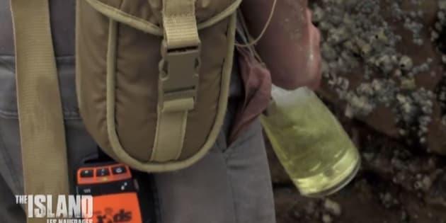 """Dans """"The Island"""" sur M6, les aventuriers n'attendent pas d'être à cours d'eau pour boire leur urine"""