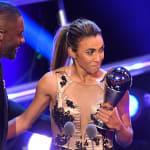 Marta é eleita melhor do mundo pela 6ª vez e supera Messi e Cristiano