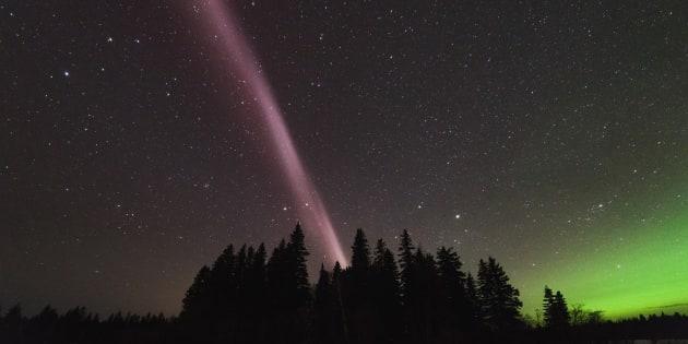 Finalement, Steve n'est pas une aurore mais un phénomène astronomique totalement inconnu