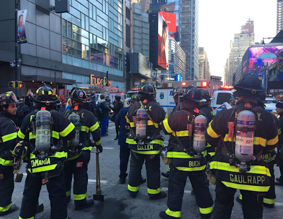 Suspect in custody after blast on Manhattan subway