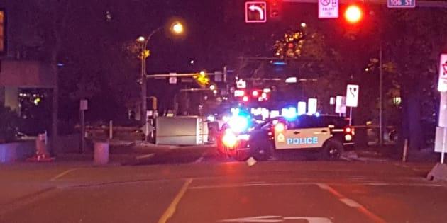 """À Edmonton au Canada, des policiers et des piétons renversés, les autorités évoquent """"un acte de terrorisme"""""""