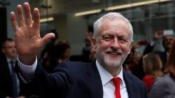 Se si votasse oggi, Corbyn vincerebbe a mani