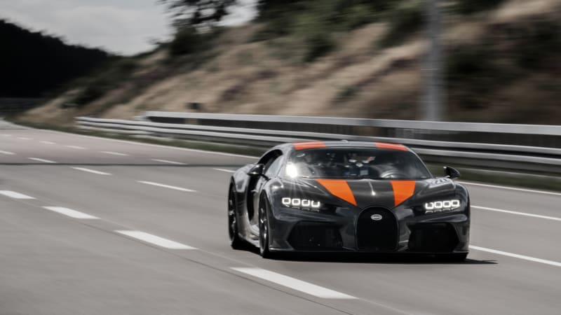 bugatti-chiron-304-mph-3.jpg