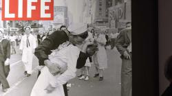 Muere el icónico marinero de la foto del beso en Times