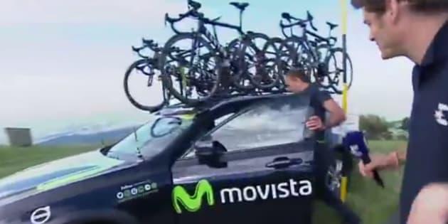 La voiture de cette équipe du Giro a vraiment eu de la chance