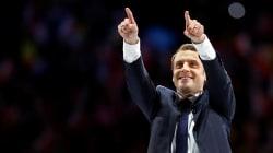 BLOG - Avec une victoire de Macron, les journaux du monde titreraient
