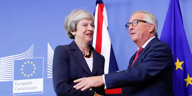 Brexit, bozza di accordo tra Londra e Bruxelles