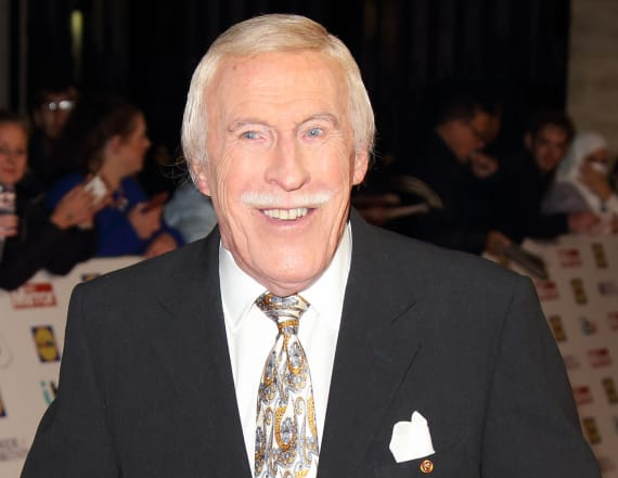 Bruce Forsyth, UK TV legend, dies at 89