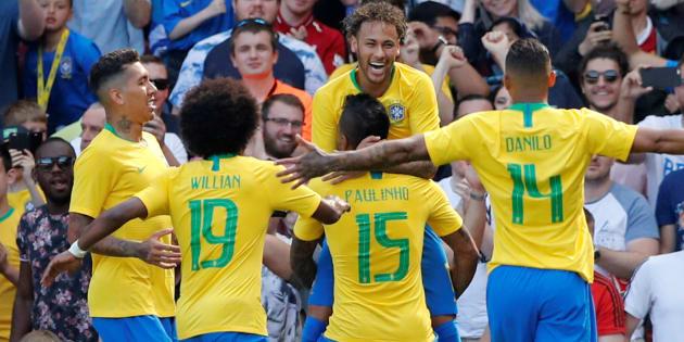 Quand on est Brésilien, on ne pense pas à jouer la Coupe du monde, on pense à la gagner!