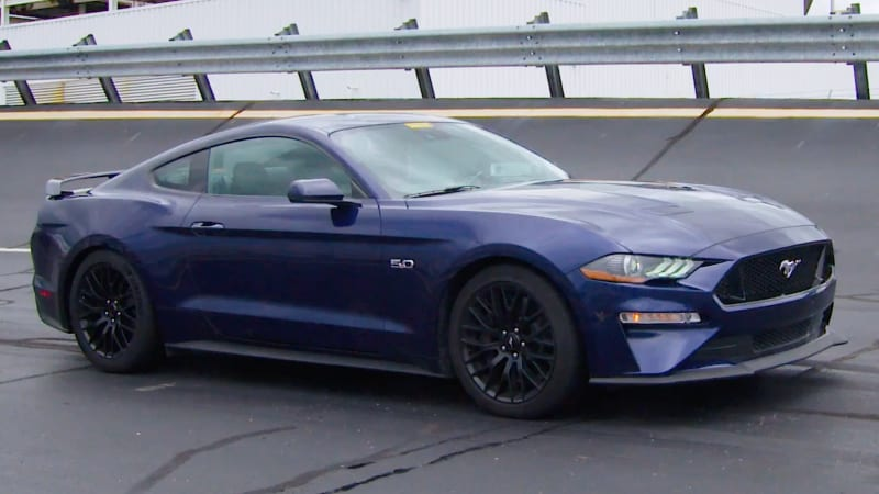2018 ford mustang gt has more horsepower than chevy camaro ss autoblog. Black Bedroom Furniture Sets. Home Design Ideas
