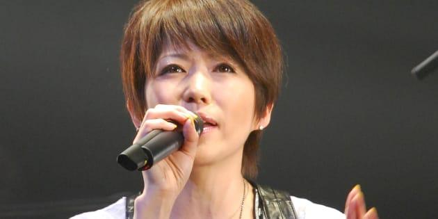 2009年04月25日のLINDBERG復活ライブで歌う渡瀬マキさん