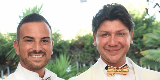 """""""Non ci hanno fatto entrare perché siamo una coppia gay"""