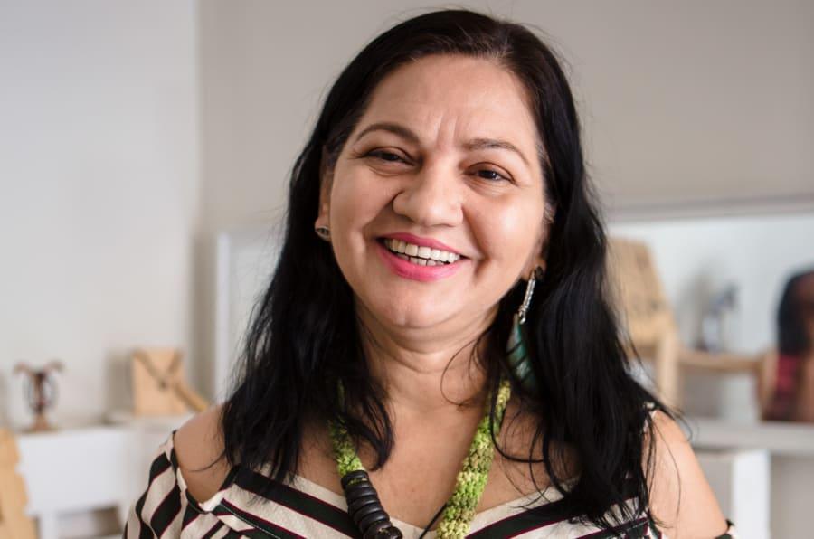 Rita Prossi, a designer manauara que transforma a riqueza da Amazônia em joias