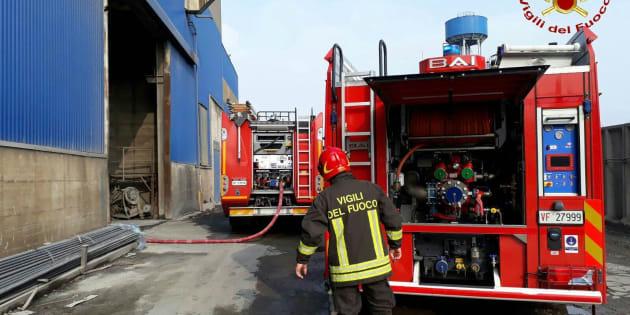 Padova, incidente in un'acciaieria: colata bollente investe gli operai