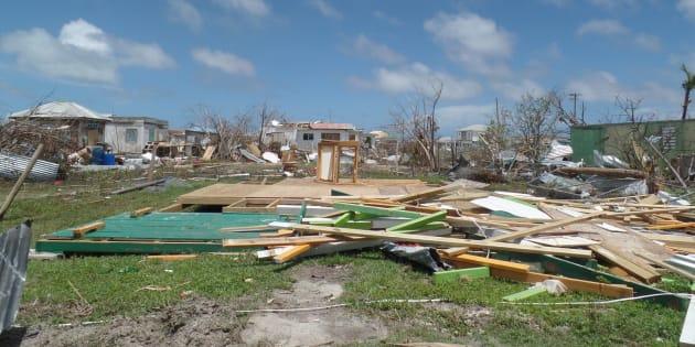 Furacão Irma destruiu casas de Barbuda, Antígua e Codrington, no Caribe.