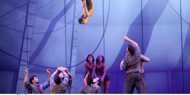 Esse circo trata da poesia, do amor, da energia e da sensibilidade.