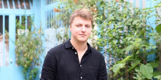Julien Wosnitza a 24 ans et prévoit la fin du monde, mais il le dit avec le sourire.