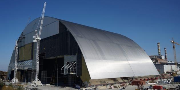 Le dôme qui va protéger le réacteur accidenté de Tchernobyl.