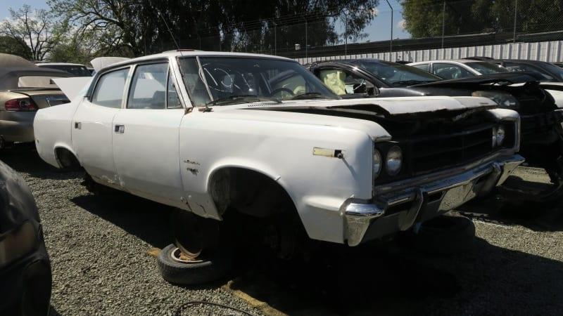 00+-+1970+AMC+Rebel+in+California+wrecking+yard+-+photo+by+Murilee+Martin.jpg