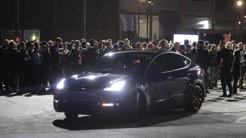 Tesla Model Y: A quick ride confirms it's fast | Autoblog