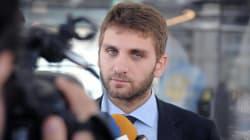 Perquisizioni per De Luca jr, indagato per corruzione. Il padre Vincenzo: