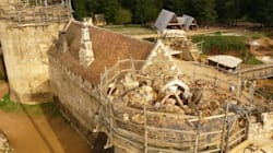 In Francia da 20 anni stanno costruendo un castello medievale. Sarà pronto per il 1253 (secondo il loro calendario) e avrà un