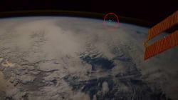 Les images impressionnantes d'une météorite filmée depuis la Station spatiale