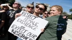 Amy Schumer et Emily Ratajkowski arrêtées dans une manifestation contre le juge