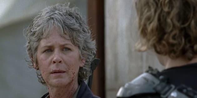 Dans la saison 7, Carol tente en vain de s'éloigner de la bataille imminente.