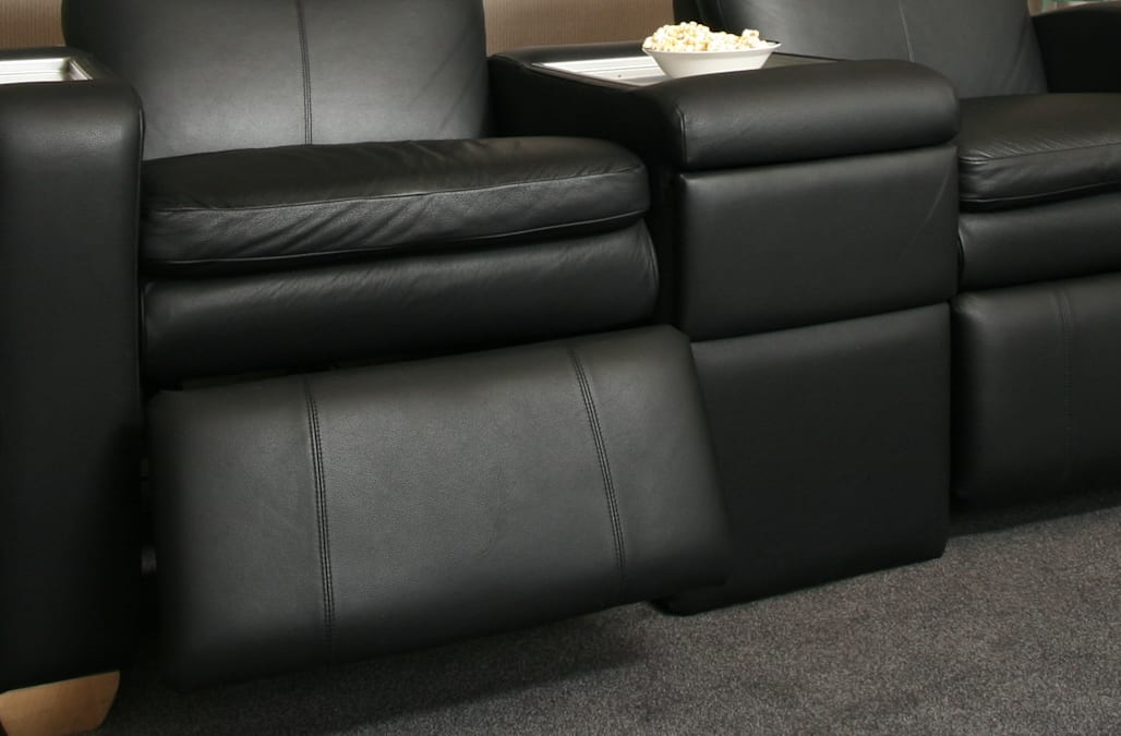 Man Dies After Reclining Movie Theater Seat Closes On His Head Aol