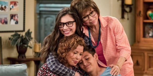 """La série """"Au fil des jours"""", racontant le quotidien d'une famille américano-cubaine, n'aura pas de quatrième saison sur Netflix."""