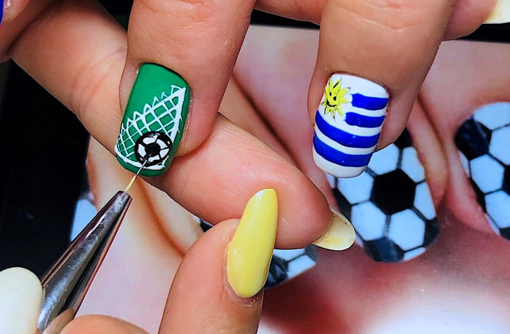Russian Nail Artist Creates Detailed World Cup Manicures Aol Lifestyle